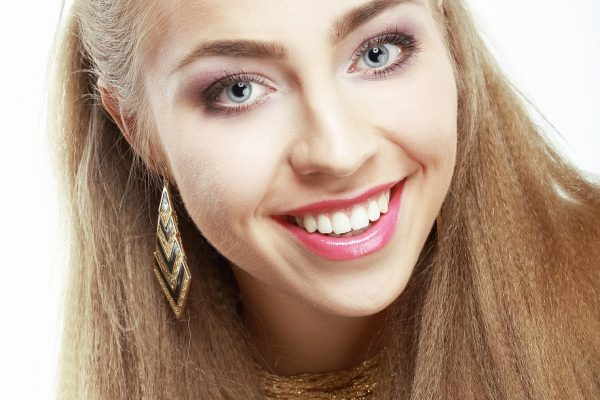 7 Cheapest Ways to Whitening Your Teeth
